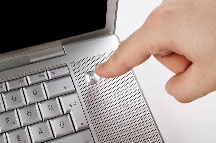 Почему не включается сразу ноутбук