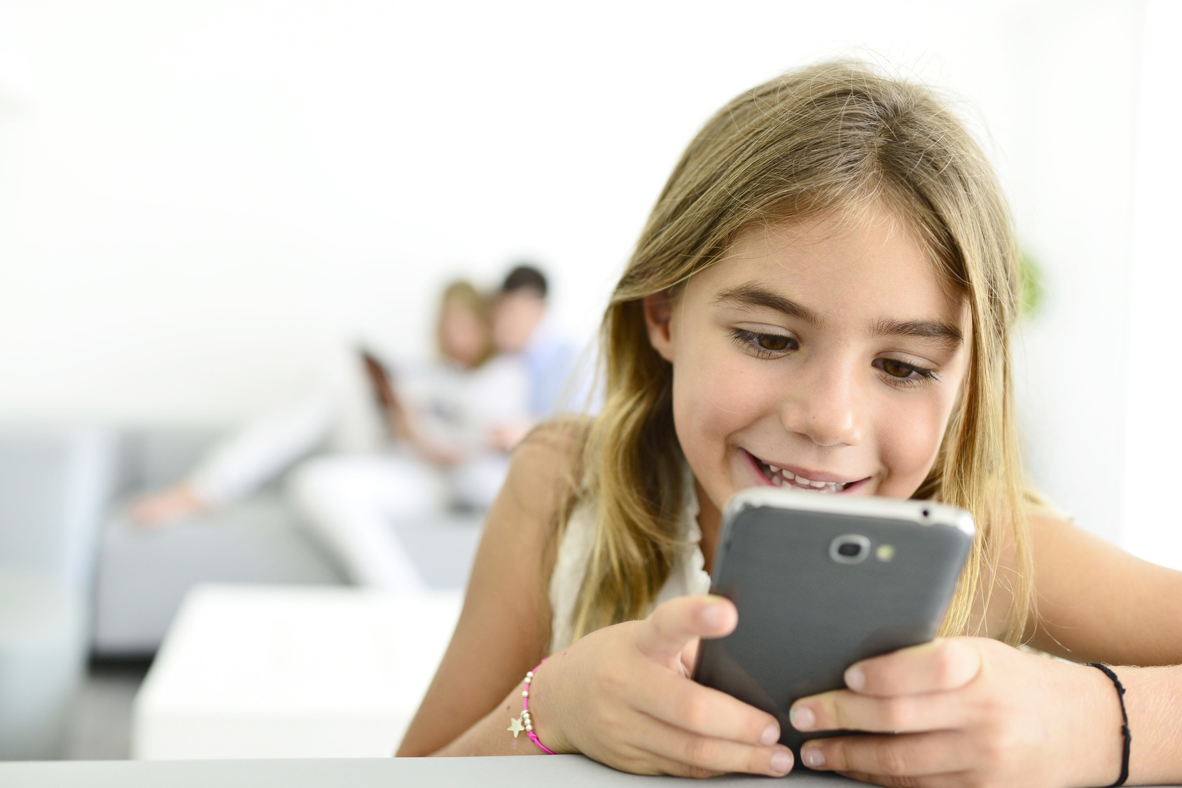 почему фото на телефоне и компьютере отличаются это ресурс